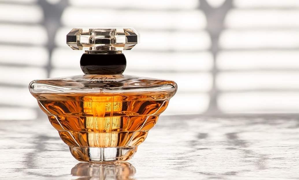Звездната мода на парфюмите